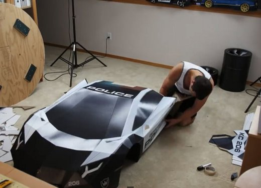 Lamborghini Aventador in cartone ecco il video di come è stata creata - Foto 14 di 18
