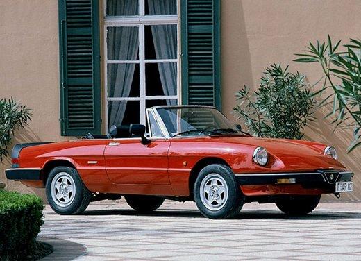 Alfa Romeo Spider 1966 – 1993: la storia - Foto 1 di 5