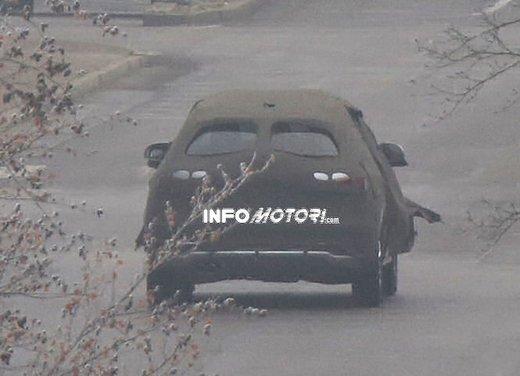 Audi Q3 nuove foto spia del crossover tedesco - Foto 6 di 6