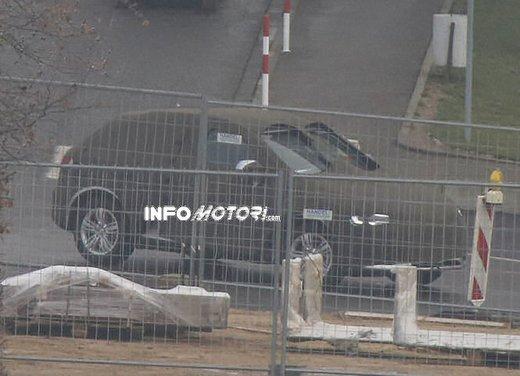 Audi Q3 nuove foto spia del crossover tedesco - Foto 2 di 6