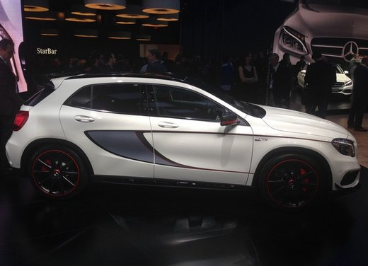 Mercedes GLA 45 AMG - Foto 7 di 10