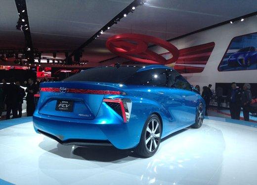 Toyota FCV Concept - Foto 4 di 6