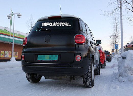 Jeep e Fiat, foto spia del B-Suv prodotto a Melfi - Foto 12 di 14