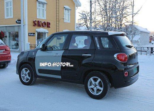 Jeep e Fiat, foto spia del B-Suv prodotto a Melfi - Foto 14 di 14