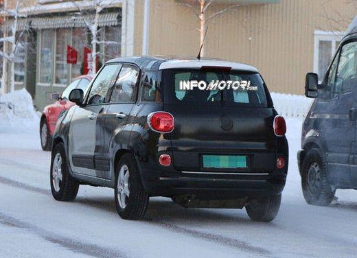 Jeep e Fiat, foto spia del B-Suv prodotto a Melfi - Foto 7 di 14