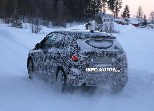 BMW Serie 2 Active Tourer nuove foto spia - Foto 1 di 7