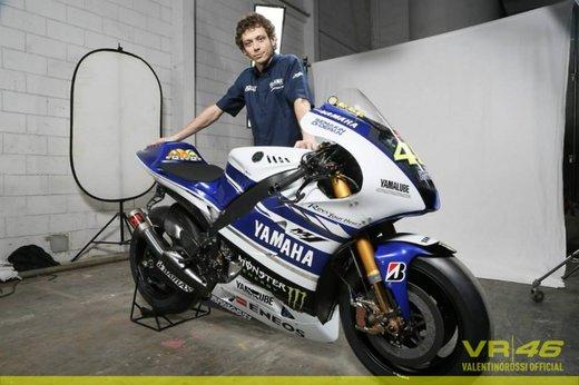 Valentino Rossi, presentazione della nuova Yamaha M1 a Jakarta - Foto 8 di 11