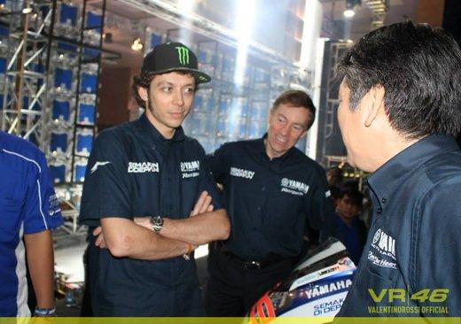 Valentino Rossi, presentazione della nuova Yamaha M1 a Jakarta - Foto 11 di 11