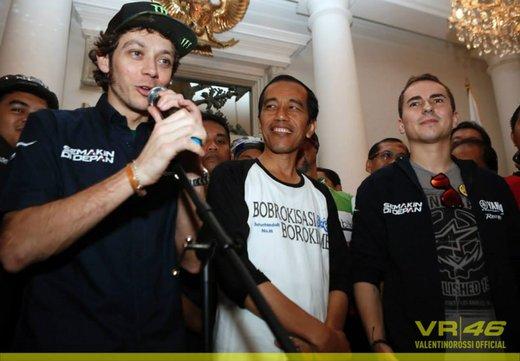 Valentino Rossi, presentazione della nuova Yamaha M1 a Jakarta - Foto 1 di 11