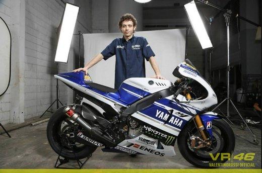 Valentino Rossi, presentazione della nuova Yamaha M1 a Jakarta - Foto 3 di 11