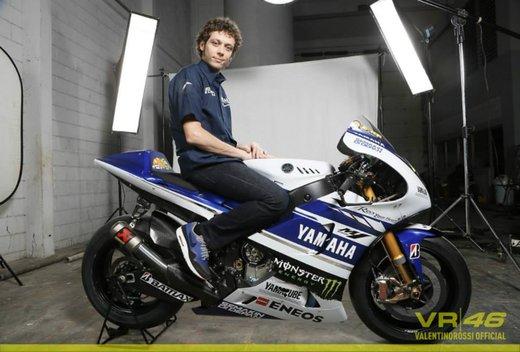 Valentino Rossi, presentazione della nuova Yamaha M1 a Jakarta - Foto 6 di 11