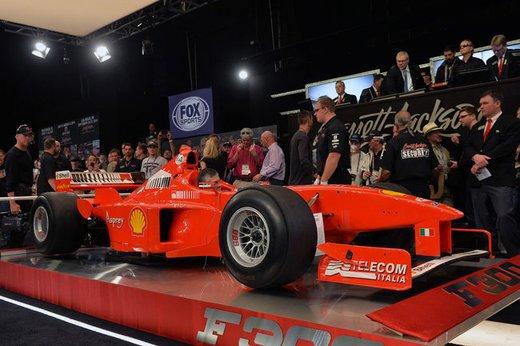 Ferrari F300 del 1998 di Michael Schumacher venduta all'asta per 1,7 milioni di dollari