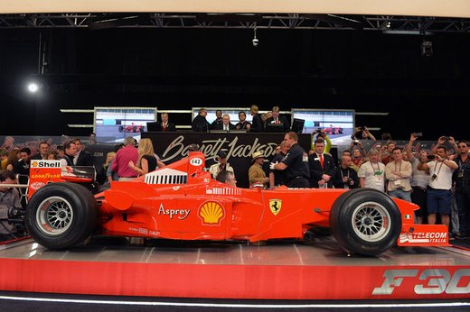 Ferrari F300 del 1998 di Michael Schumacher venduta all'asta per 1,7 milioni di dollari - Foto 2 di 17