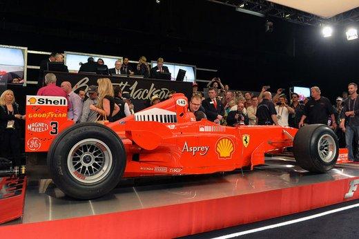 Ferrari F300 del 1998 di Michael Schumacher venduta all'asta per 1,7 milioni di dollari - Foto 3 di 17