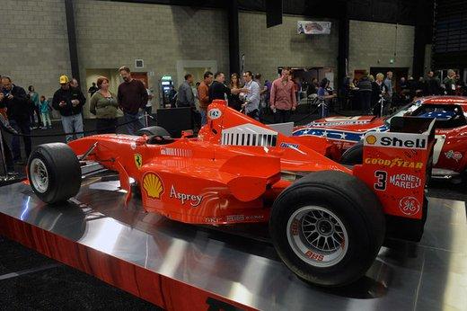 Ferrari F300 del 1998 di Michael Schumacher venduta all'asta per 1,7 milioni di dollari - Foto 5 di 17