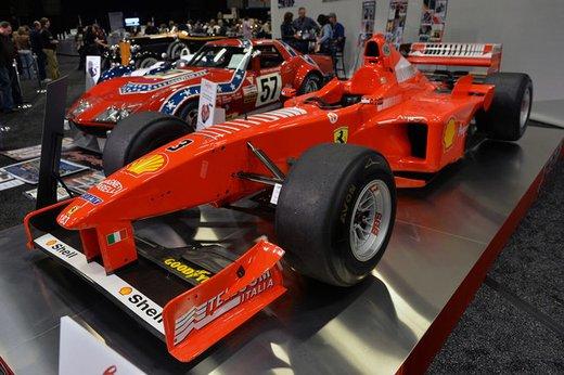 Ferrari F300 del 1998 di Michael Schumacher venduta all'asta per 1,7 milioni di dollari - Foto 6 di 17