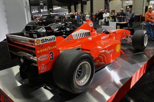Ferrari F300 del 1998 di Michael Schumacher venduta all'asta per 1,7 milioni di dollari - Foto 7 di 17