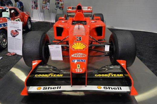Ferrari F300 del 1998 di Michael Schumacher venduta all'asta per 1,7 milioni di dollari - Foto 8 di 17