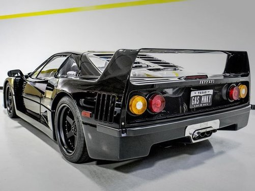 Ferrari F40 by Gas Monkey Garage venduta all'asta - Foto 2 di 6