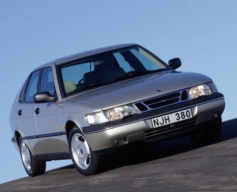 Saab 900, la storia della berlina svedese