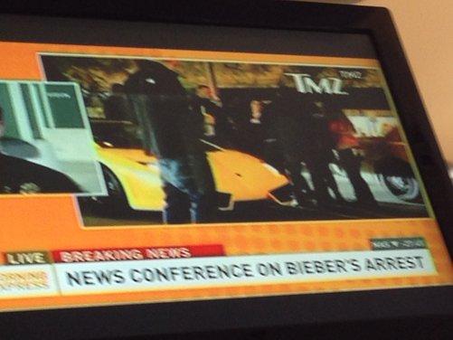 Justin Bieber arrestato per eccesso di velocità a bordo di una Lamborghini - Foto 3 di 10