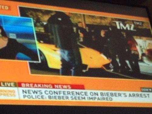 Justin Bieber arrestato per eccesso di velocità a bordo di una Lamborghini - Foto 5 di 10