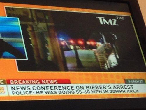 Justin Bieber arrestato per eccesso di velocità a bordo di una Lamborghini - Foto 7 di 10