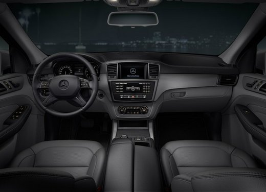 Mercedes ML Special Edition 16 - Foto 3 di 14