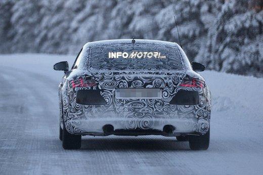Audi TT nuove foto spia sulla neve - Foto 4 di 7