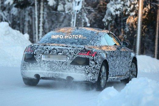 Audi TT nuove foto spia sulla neve - Foto 6 di 7