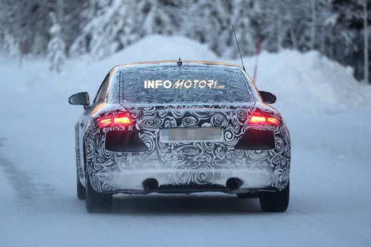 Audi TT nuove foto spia sulla neve - Foto 1 di 7