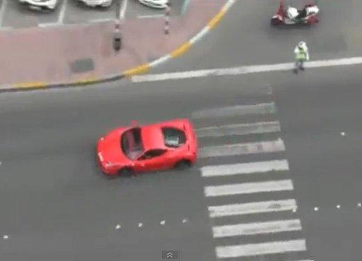Fast & Furious 7 il video di alcune scene rubate - Foto 3 di 13