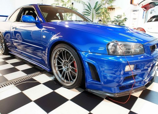 La Nissan GT-R guidata da Paul Walker in Fast & Furious in vendita per 1 milione di euro - Foto 12 di 30