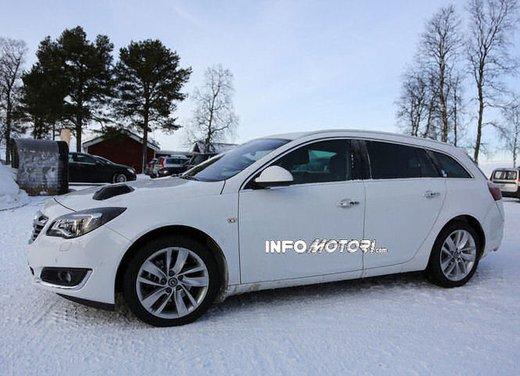 Opel Insignia foto spia dei nuovi muletti - Foto 5 di 9