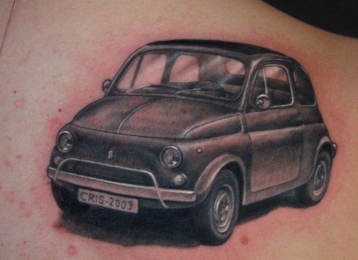 Tatuaggi auto, tutti i tattoo più strani - Foto 12 di 25
