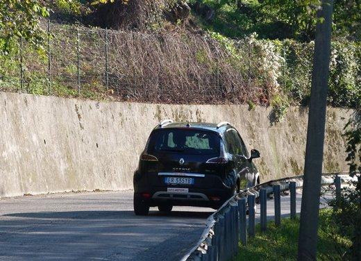 Renault Scenic Xmod Cross long test drive - Foto 17 di 21
