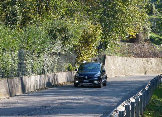 Renault Scenic Xmod Cross long test drive - Foto 18 di 21