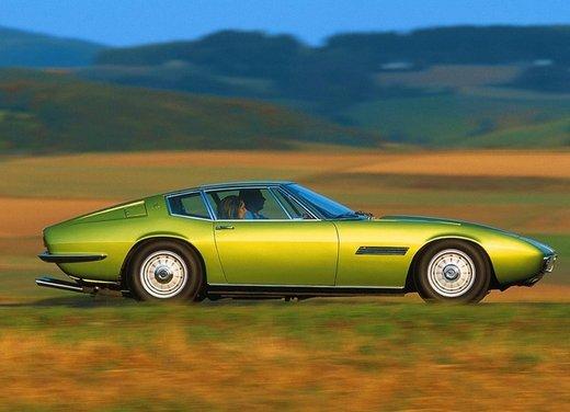 Maserati Ghibli, la storica sportiva del 1967 disegnata da Giugiaro - Foto 7 di 15