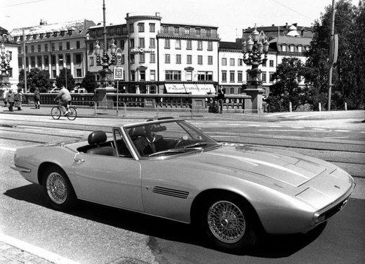 Maserati Ghibli, la storica sportiva del 1967 disegnata da Giugiaro - Foto 10 di 15