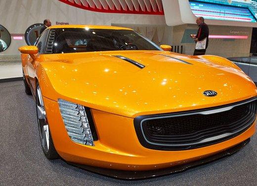 Kia GT4 Stinger - Foto 6 di 13
