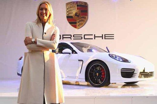 Maria Sharapova ambasciatrice Porsche con la Panamera GTS