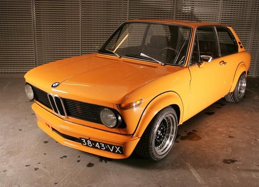 BMW Serie 02, la storia della berlina della Casa bavarese - Foto 2 di 15