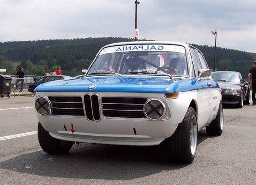 BMW Serie 02, la storia della berlina della Casa bavarese - Foto 3 di 15
