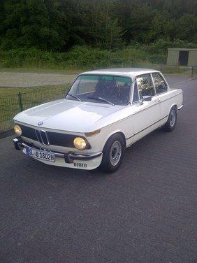 BMW Serie 02, la storia della berlina della Casa bavarese - Foto 13 di 15