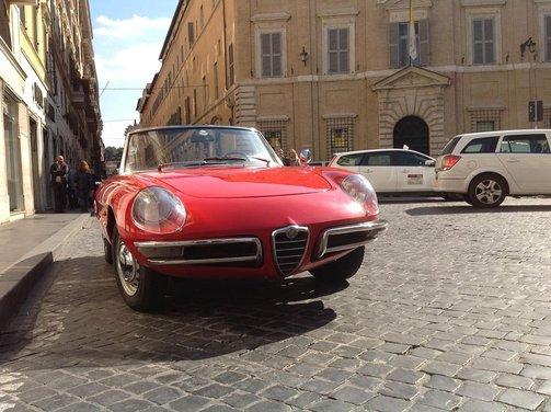 Alfa Romeo Duetto, una delle più longeve del Biscione - Foto 7 di 13