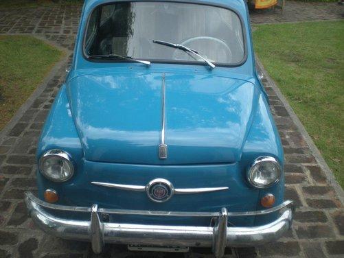 Fiat 600, l'icona del boom economico - Foto 11 di 13