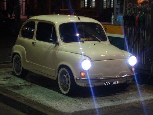 Fiat 600, l'icona del boom economico - Foto 2 di 13
