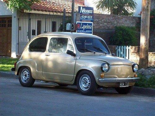 Fiat 600, l'icona del boom economico - Foto 3 di 13