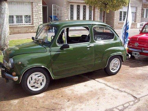 Fiat 600, l'icona del boom economico - Foto 4 di 13