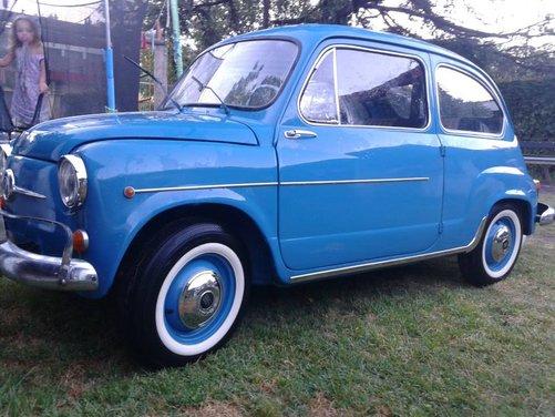 Fiat 600, l'icona del boom economico - Foto 7 di 13